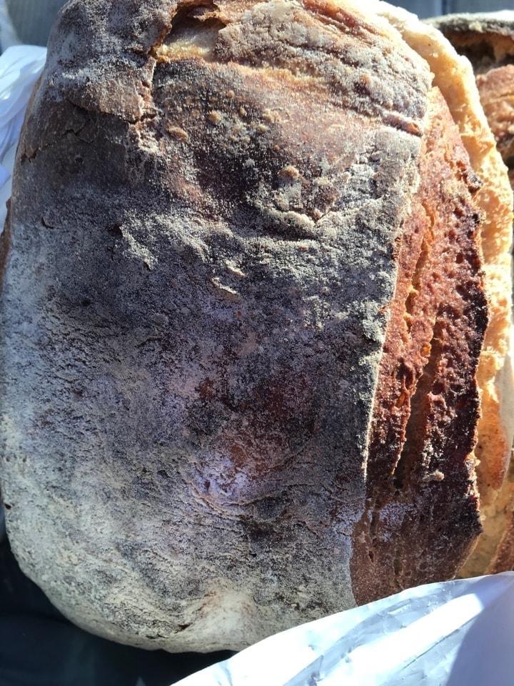 1x fresh big bread from Brunkebergs bageri, 27/9