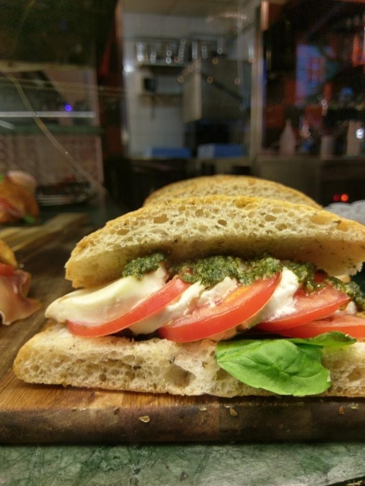 Mixed half moon sandwich x 5