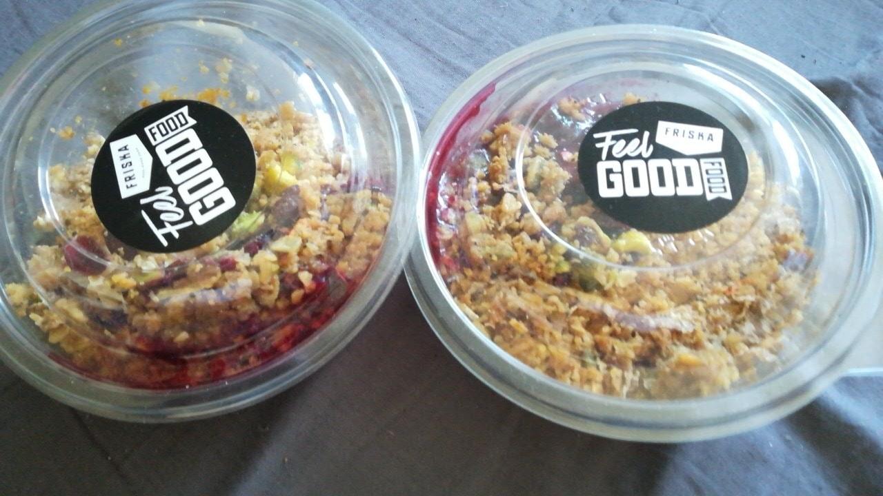 2 breakfast bowls