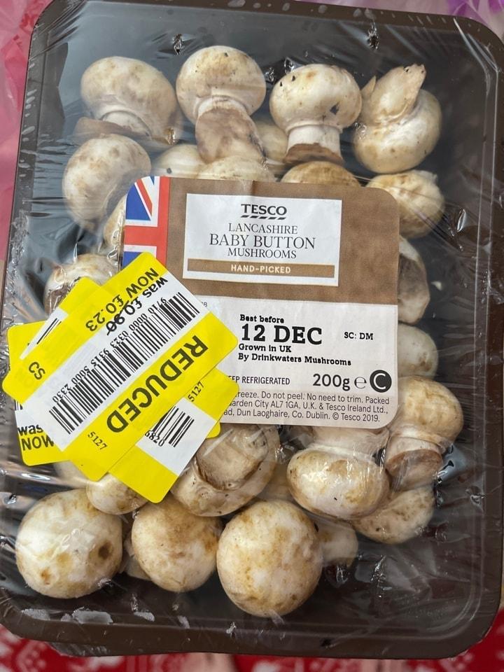 Baby button mushrooms
