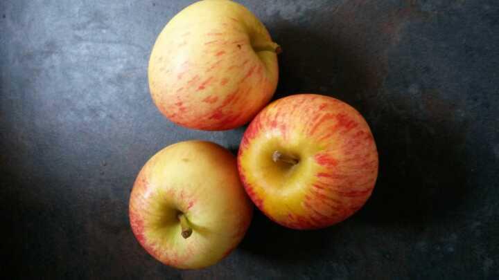 3 apples x 2