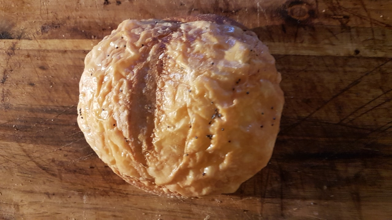 1 cheese bun, kindly donated by Pesso