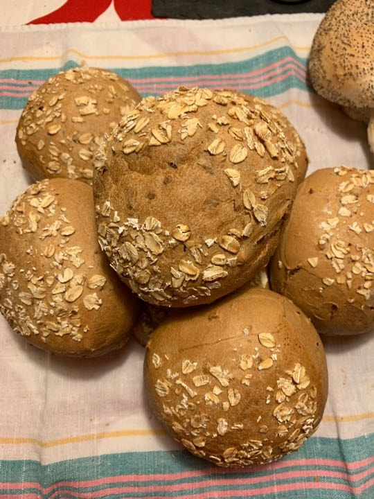 7 sandwich bread with seeds