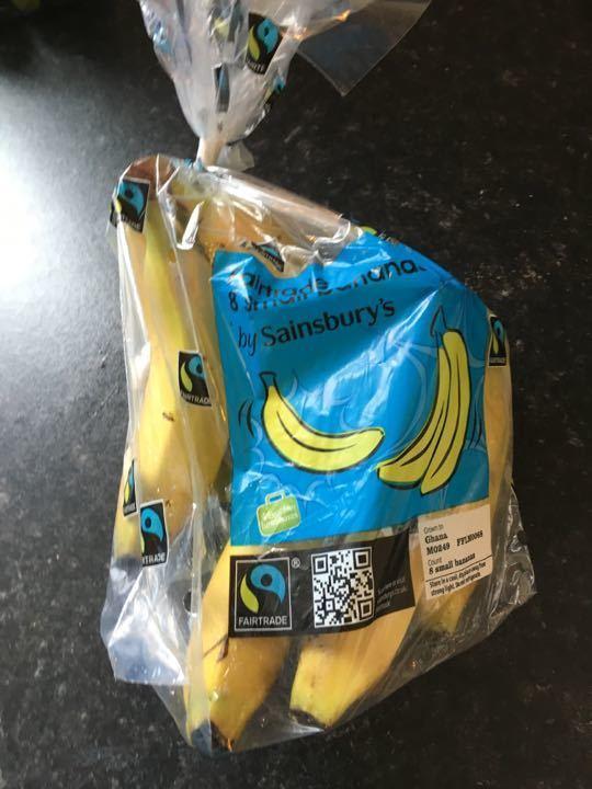 Bag of small bananas