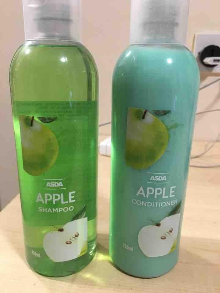Apple shampoo and conditioner