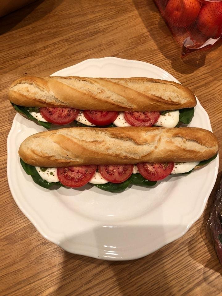 fresh sandwich from Caffe nero Alvik