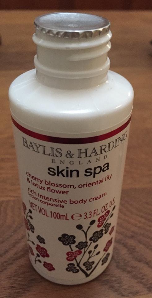 Baylis and Harding body cream