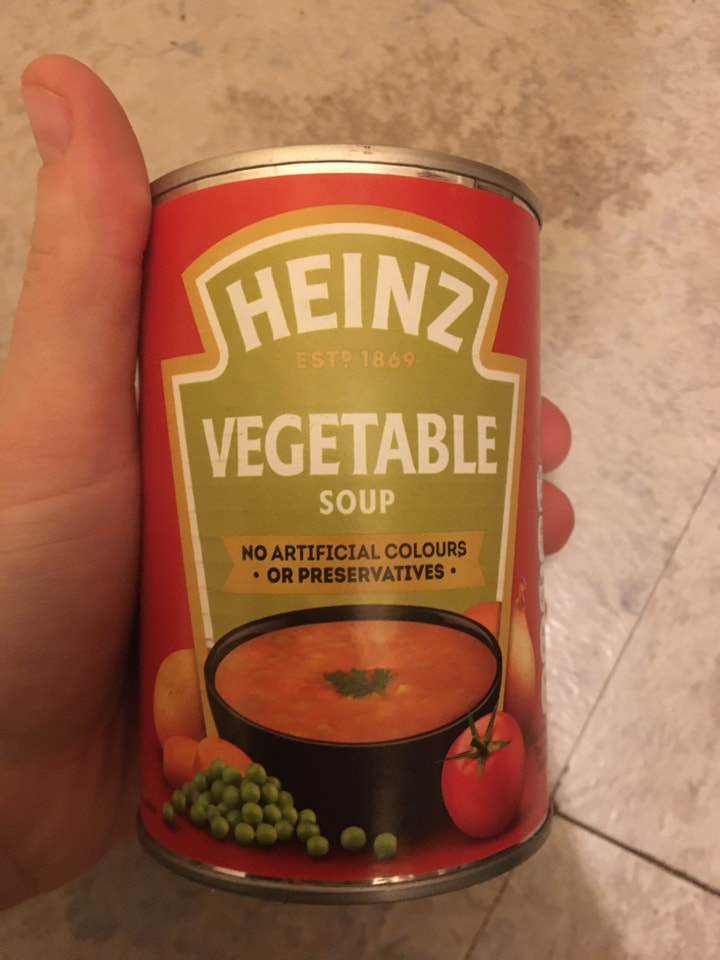 Vegetable soup can