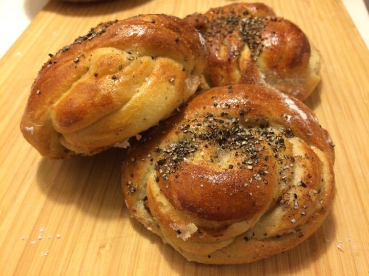 Delicious kardamum buns (2st)