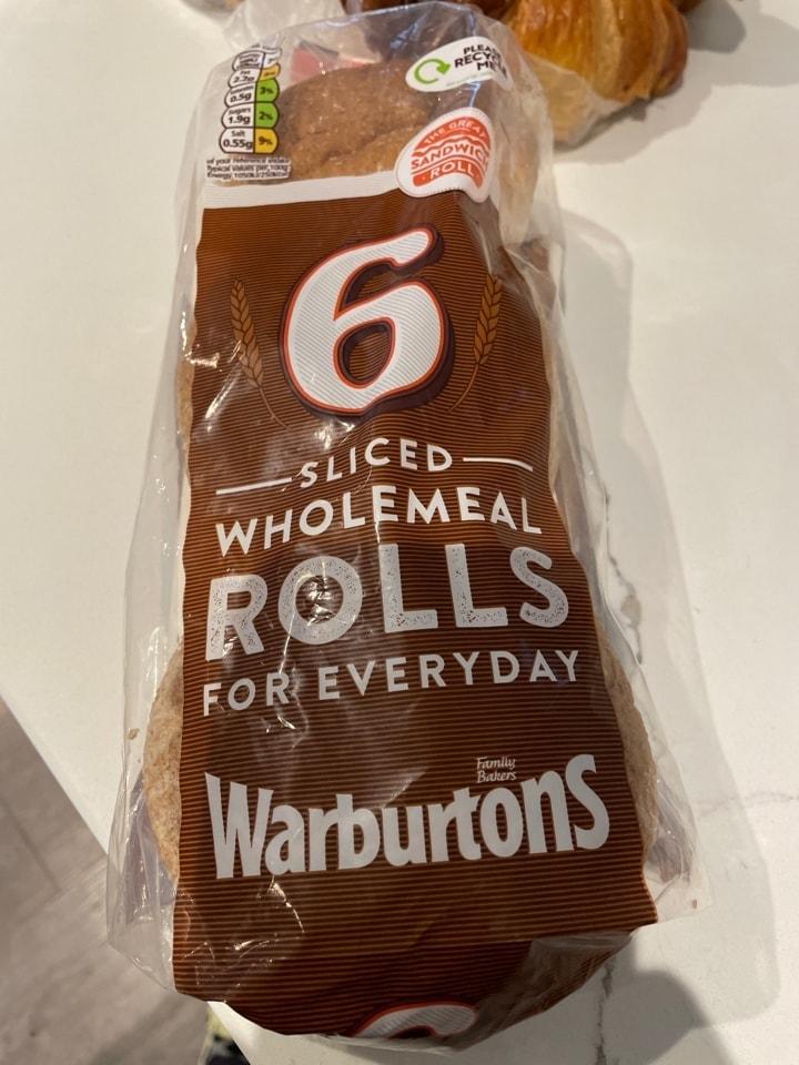Warburtons Sliced Wholemeal rolls