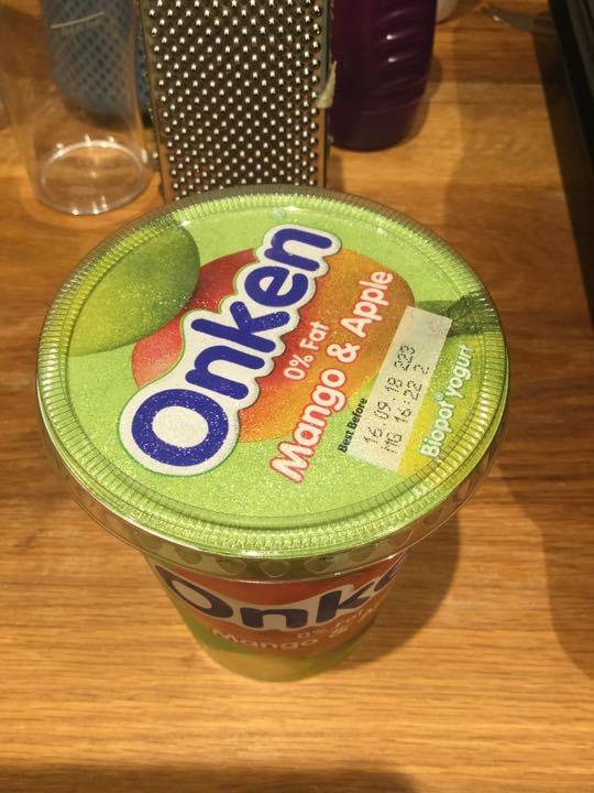Olen mango and apple yoghurt