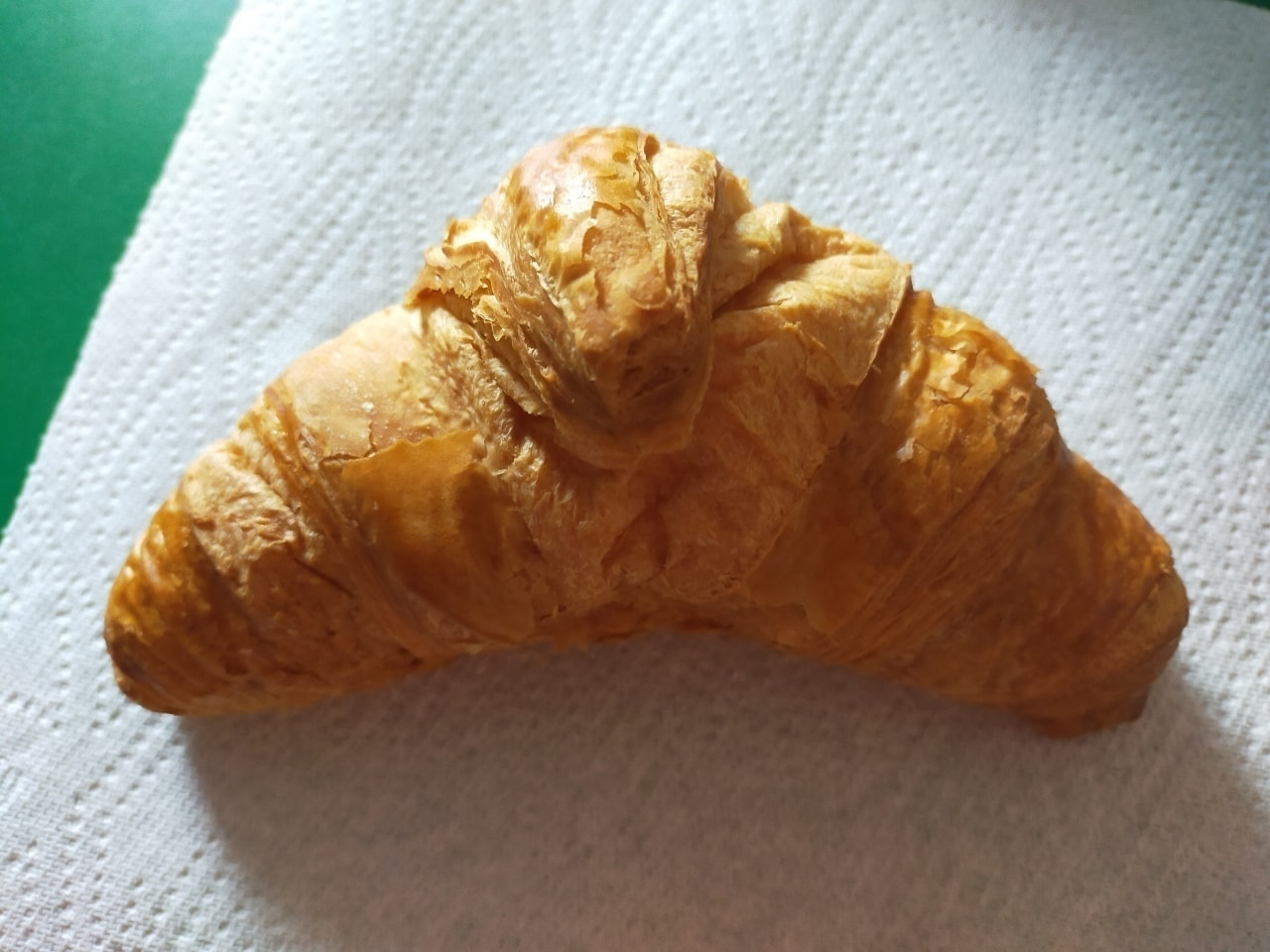 Tesco croissant