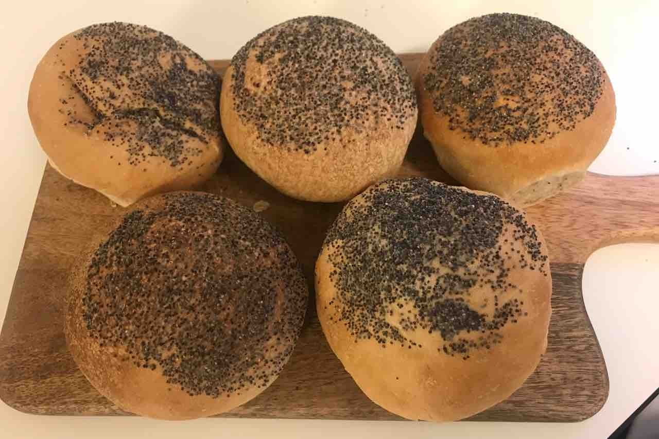 Fresh buns from Pesso (01/04)