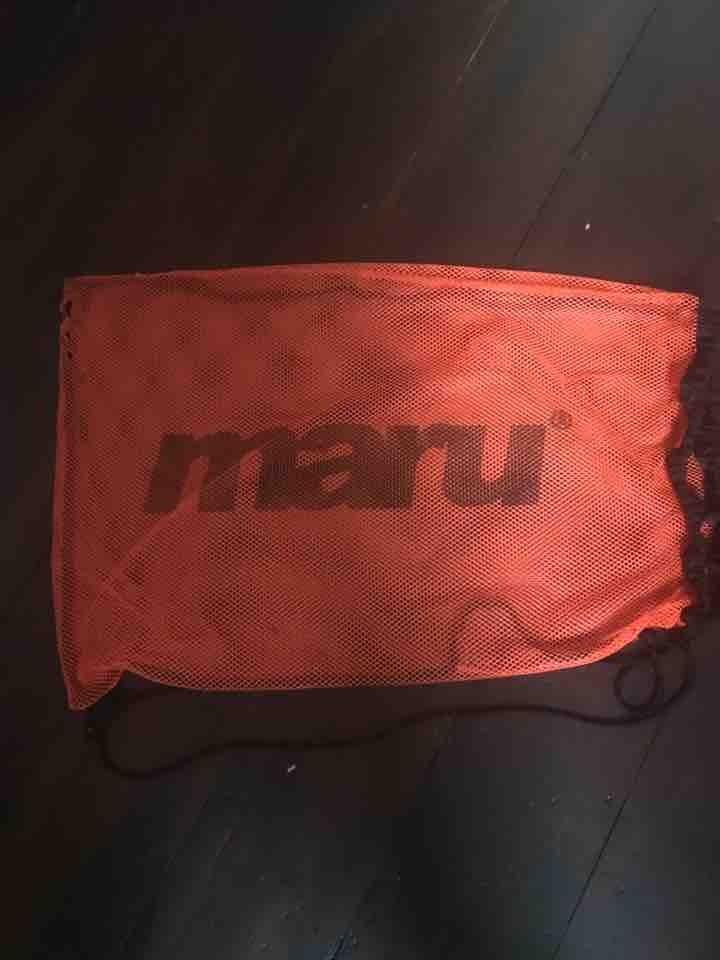 Drawstring mesh swimming bag