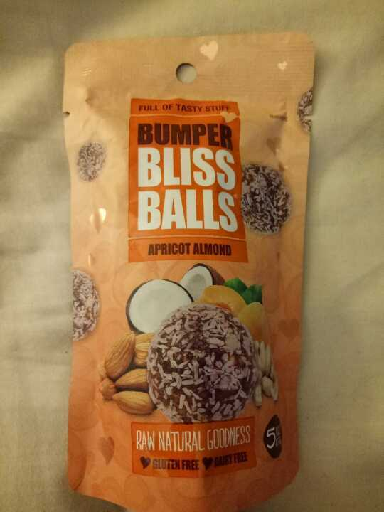 Apricot almond bliss balls