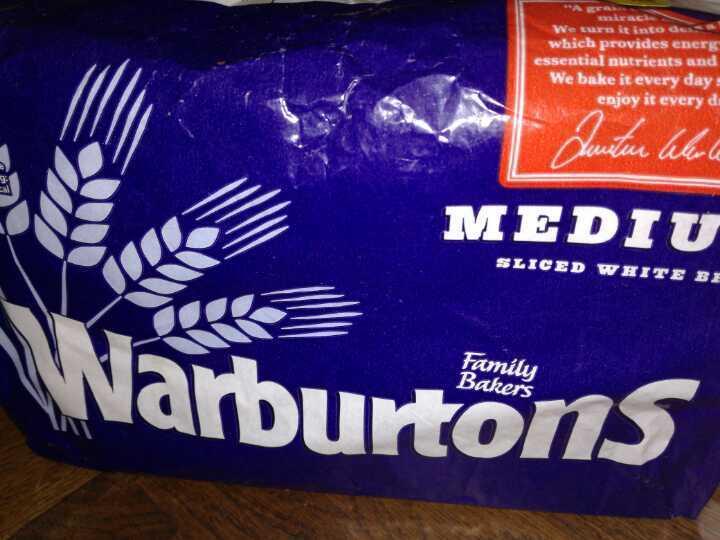 Warburtons medium white bread