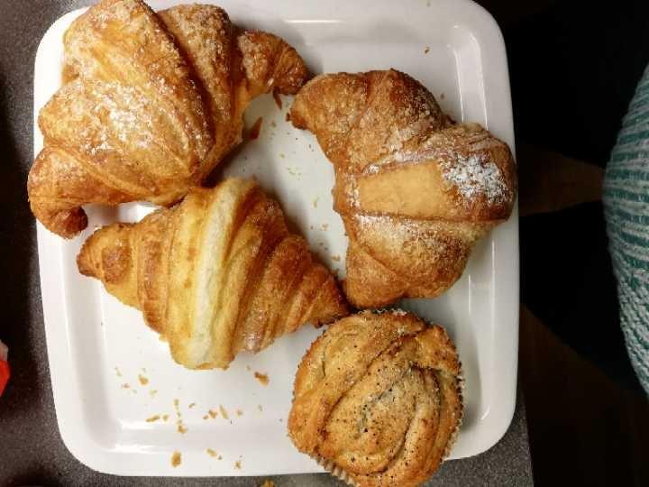 Croissants and cardamom bun