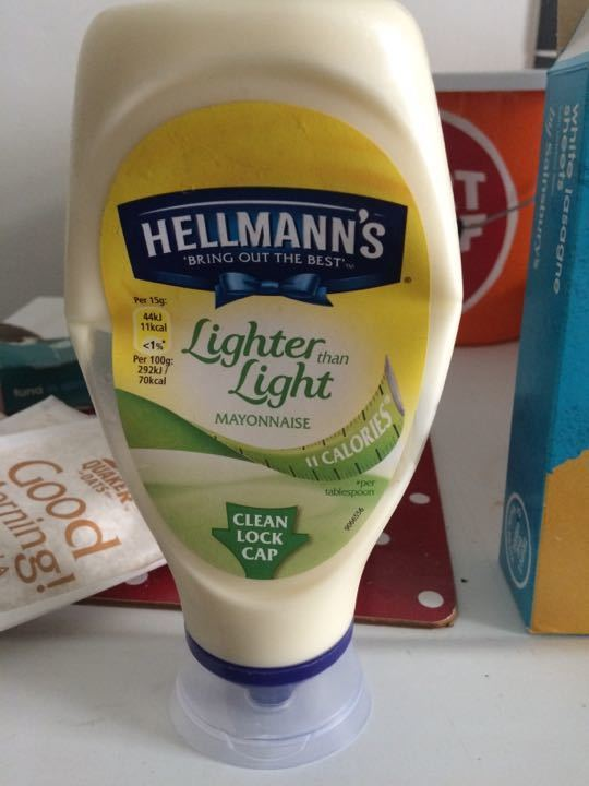 Hellmans lighter than light mayonnaise