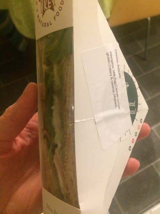 Single chicken avocado sandwich