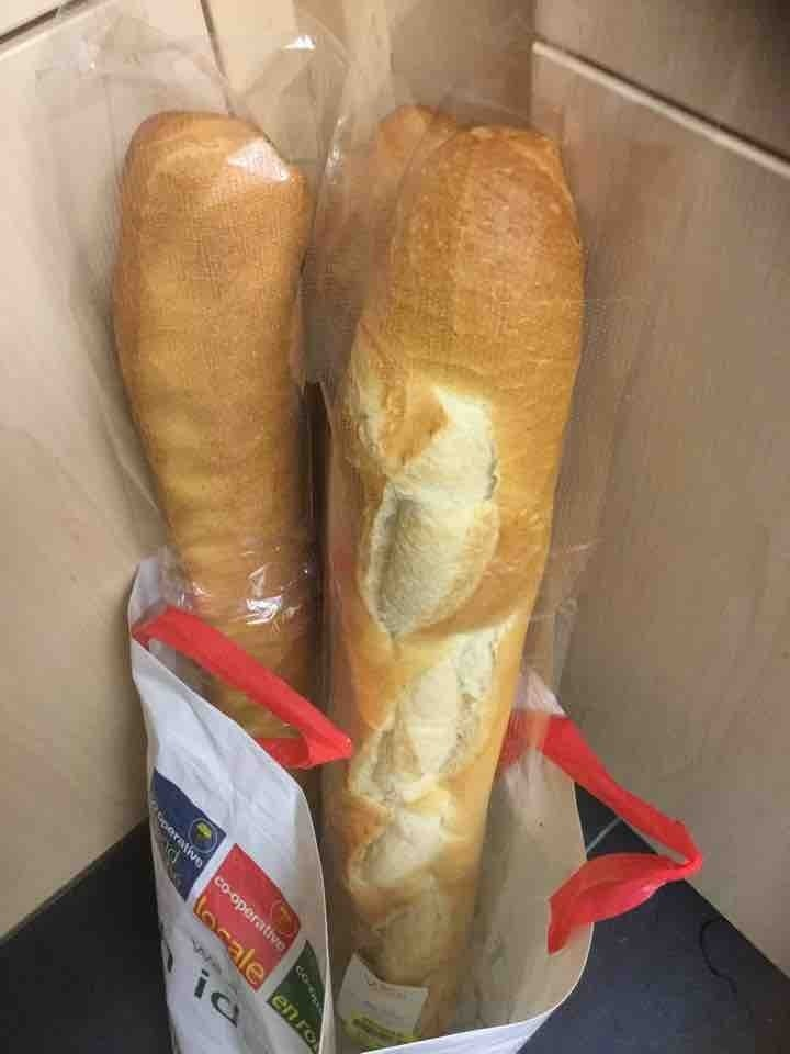 French baguetes x1