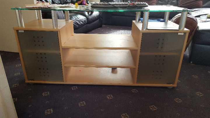 Big tv stand