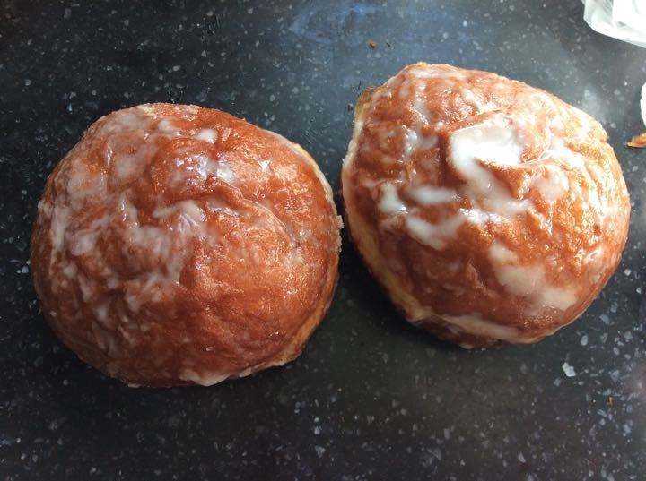 Jam iced donuts 2 per portion
