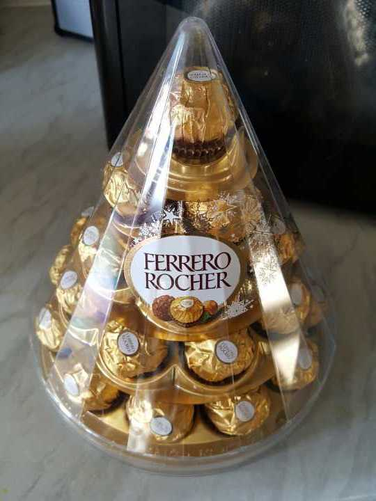 UNOPENED Ferrero Rocher chocolates