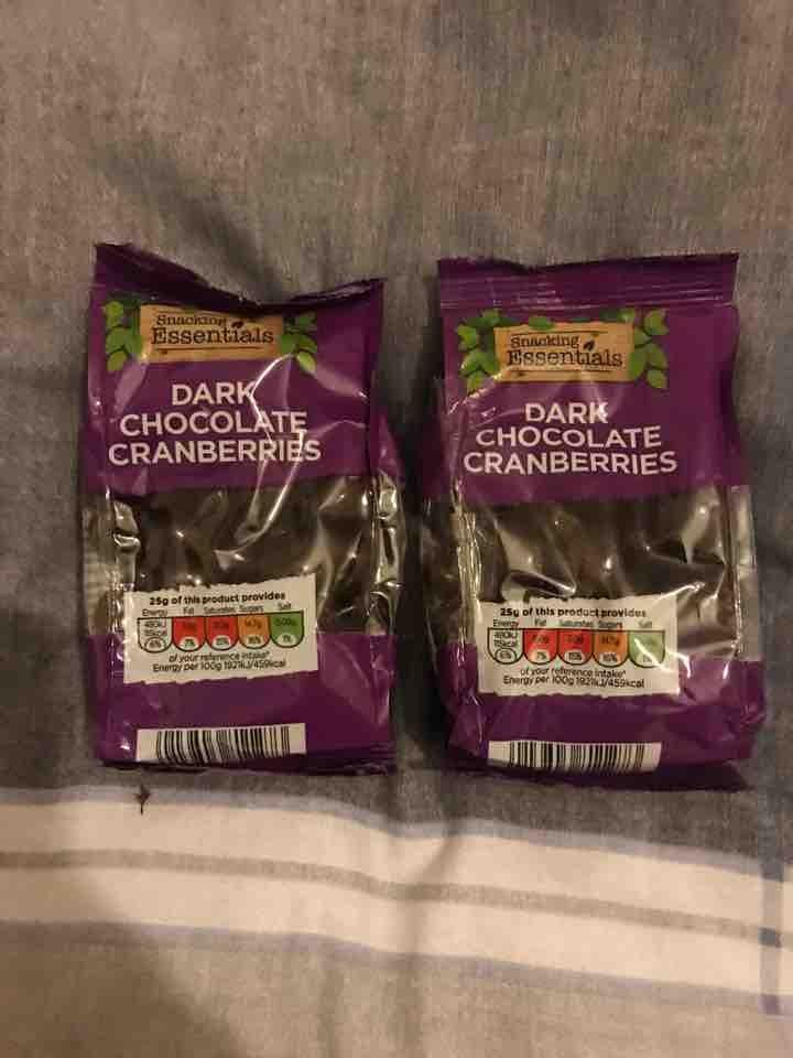 Dark choc cranberries