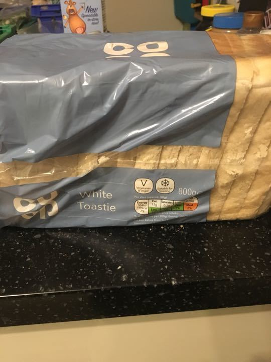 Coop white sliced bread