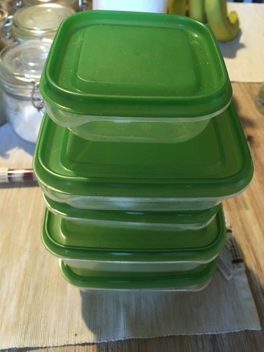5 x small plastic storage boxes