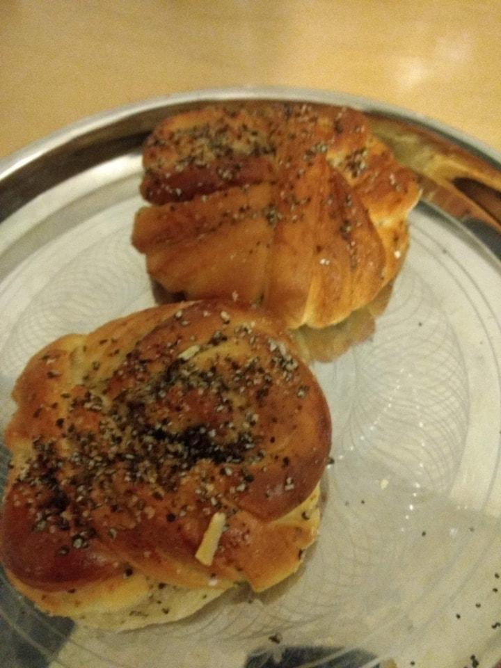 2X Fresh Saffron bun from pesso
