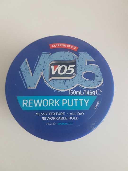V05 hair putty