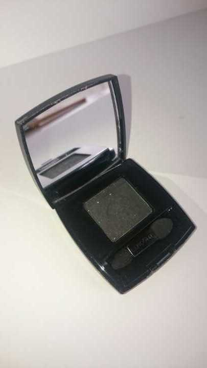 Lancome black glitter eyeshadow