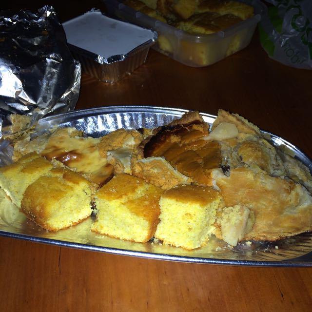 Apple cake+ pumpkin pie+ corn bread