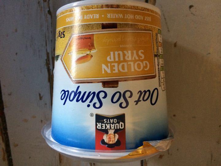 Instant porridge with golden syrup