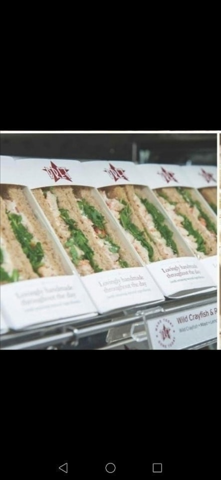 PRET Tuna and cucumber baguette (Kensington pick up)