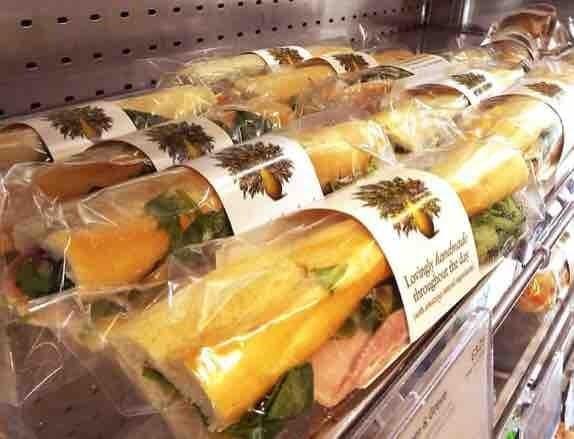 Pret baguettes and flat bread