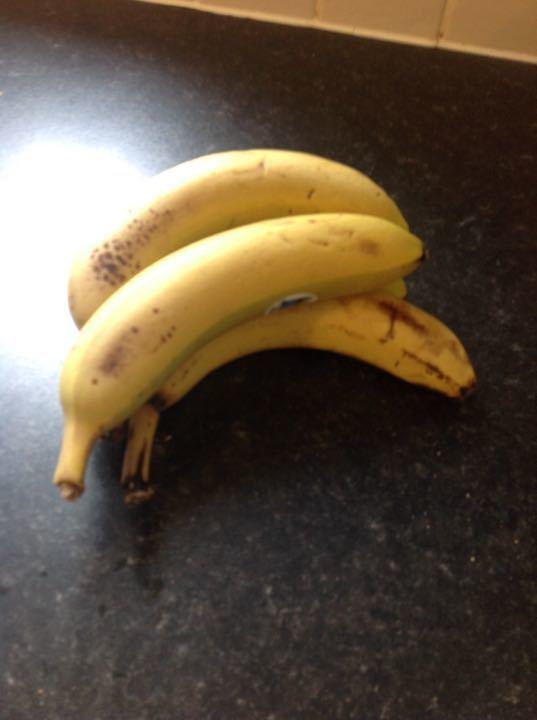 Pack of 4 bananas