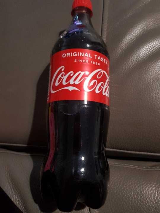 1 litre bottle of coke
