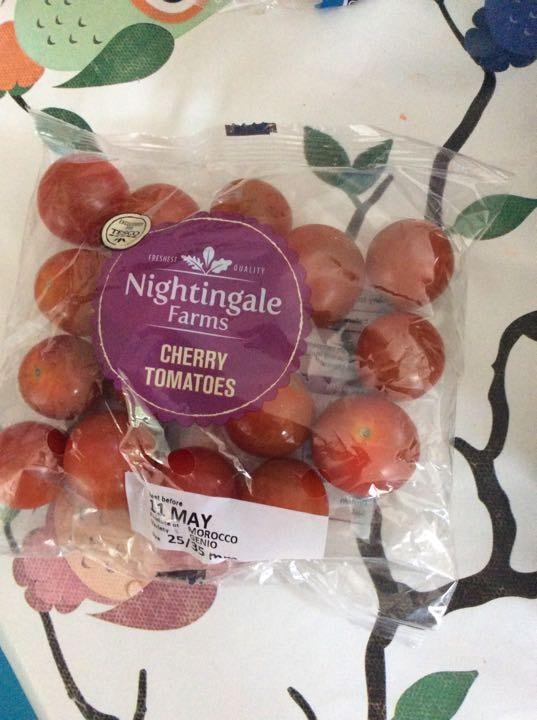 Cherry tomatoes X 8
