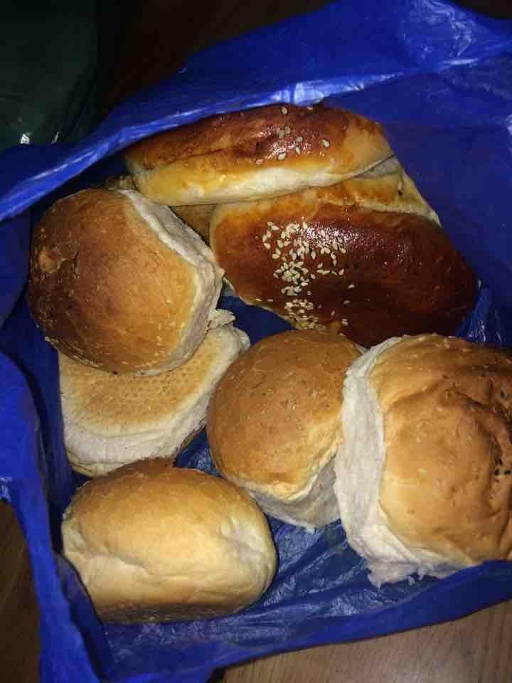 3 large glazed buns & 11 soft white rolls/buns