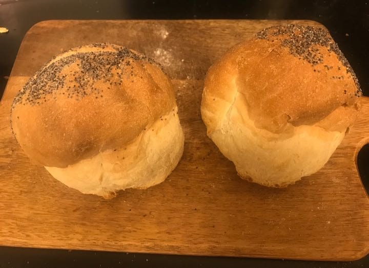Fresh buns from Pesso (19/02)