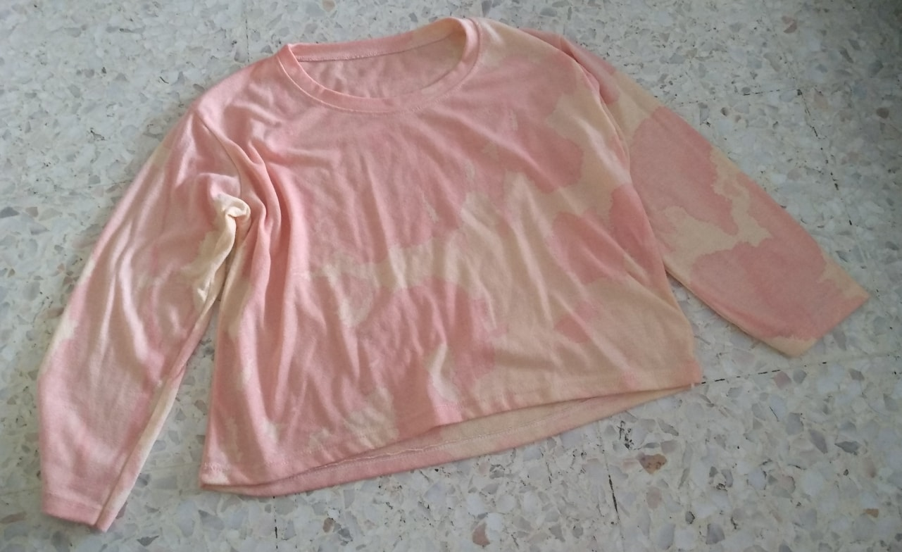 Long sleeve blouse (suitable for M to L size)