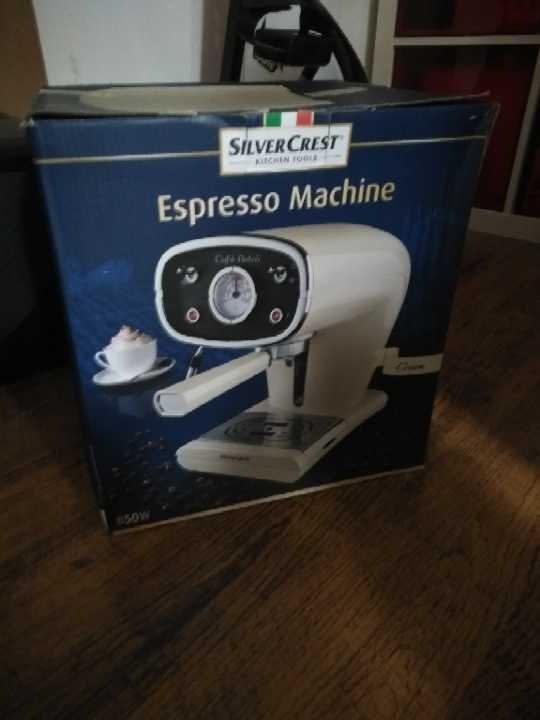 Silver crest retro look espresso machine