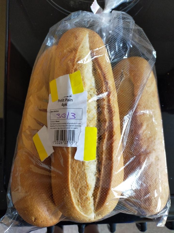 Tesco in-store bakery petit pain 4 pack