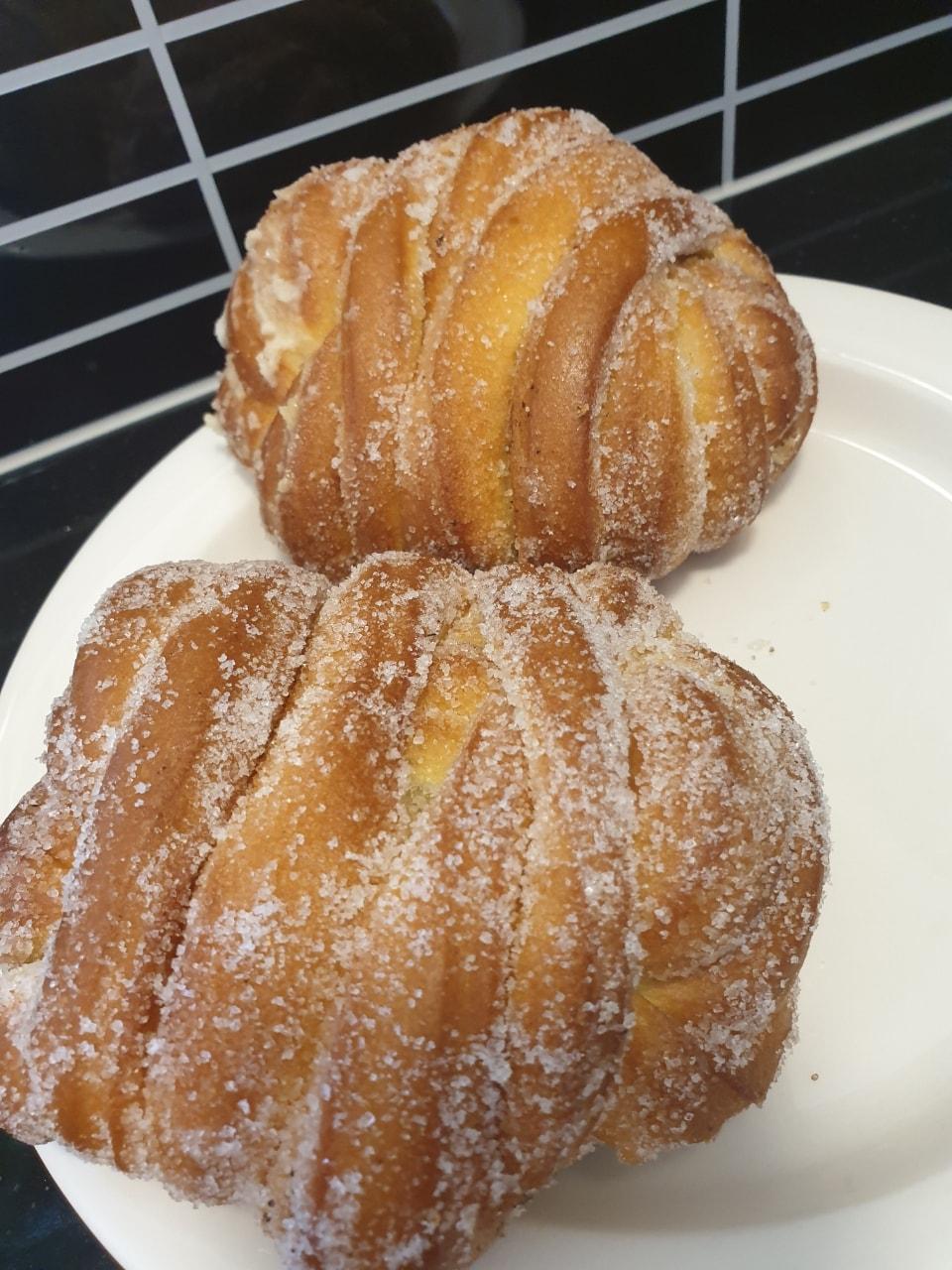 Fresh vanillabuns from lindqvists (14/8) 2 pieces