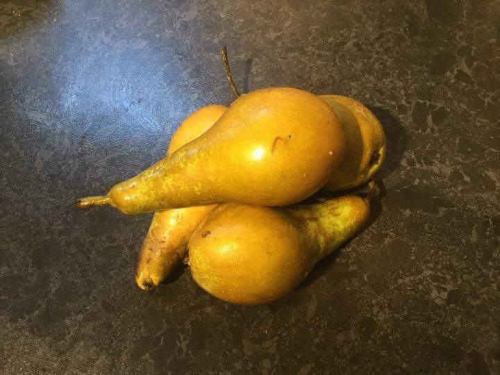 Pears (4)