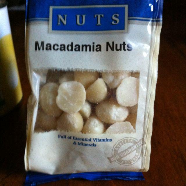 Neal's Yard Macadamia Nuts