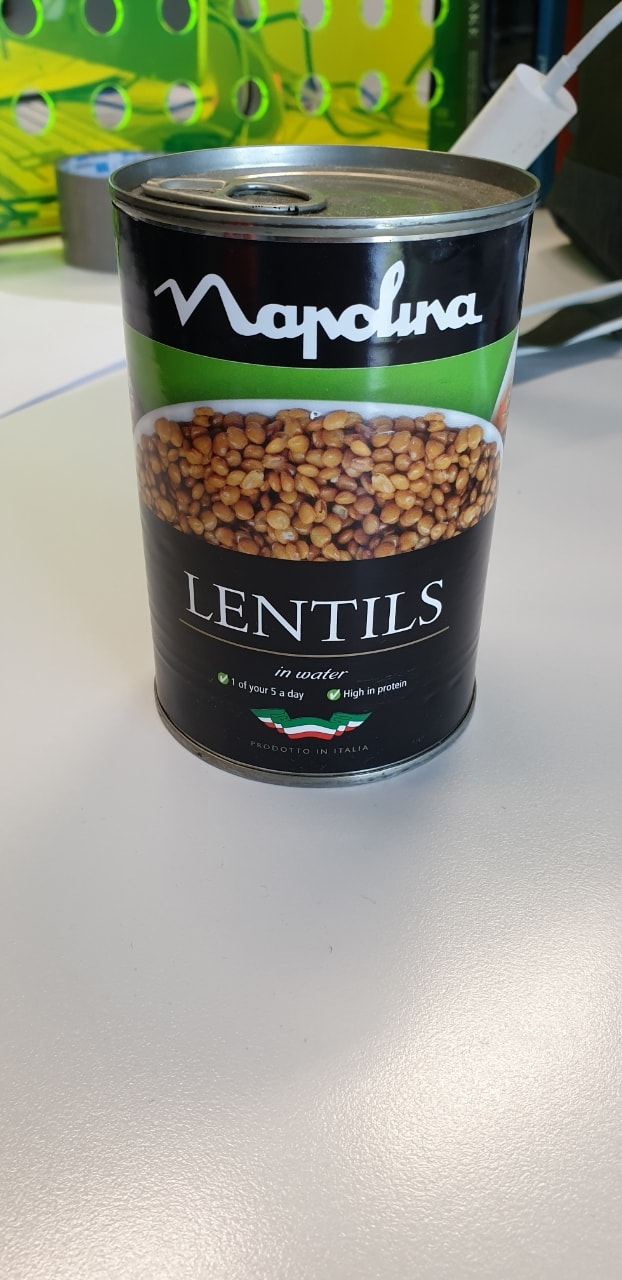 Napolina tin of lentils