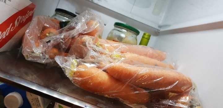 3 bags of carrot, 2 bags of celery